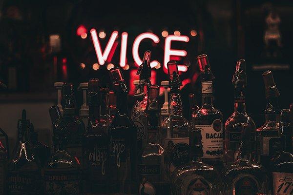 vice difficult life | liquor